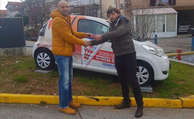 Josip Šušak preuzeo automobil Citroen C1